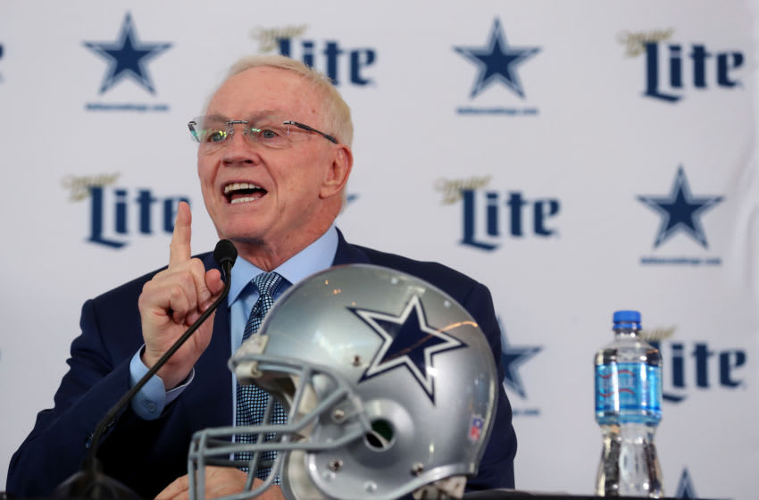 Jerry Jones of the Dallas Cowboys (Photo by Tom Pennington/Getty Images)