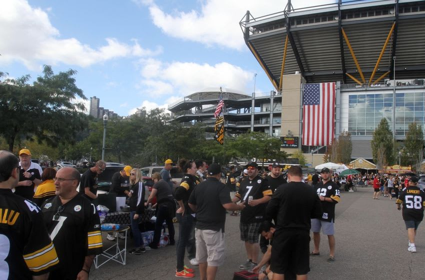 Sep 20, 2015; Pittsburgh, PA, USA; A general view outside of Heinz Field as Pittsburgh Steelers fans tailgate prior to the Steelers
