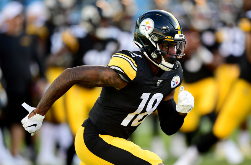 CHARLOTTE, NORTH CAROLINA - AUGUST 29: Diontae Johnson #18 of the Pittsburgh Steelers warms up before their preseason game against the Carolina Panthers at Bank of America Stadium on August 29, 2019 in Charlotte, North Carolina. (Photo by Jacob Kupferman/Getty Images)