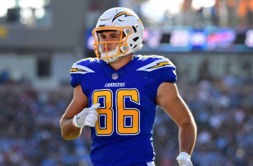 CARSON, CA - DECEMBER 03: Hunter Henry #86 of the Los Angeles Chargers heads to a huddle during the game against the Cleveland Browns at StubHub Center on December 3, 2017 in Carson, California. (Photo by Harry How/Getty Images)