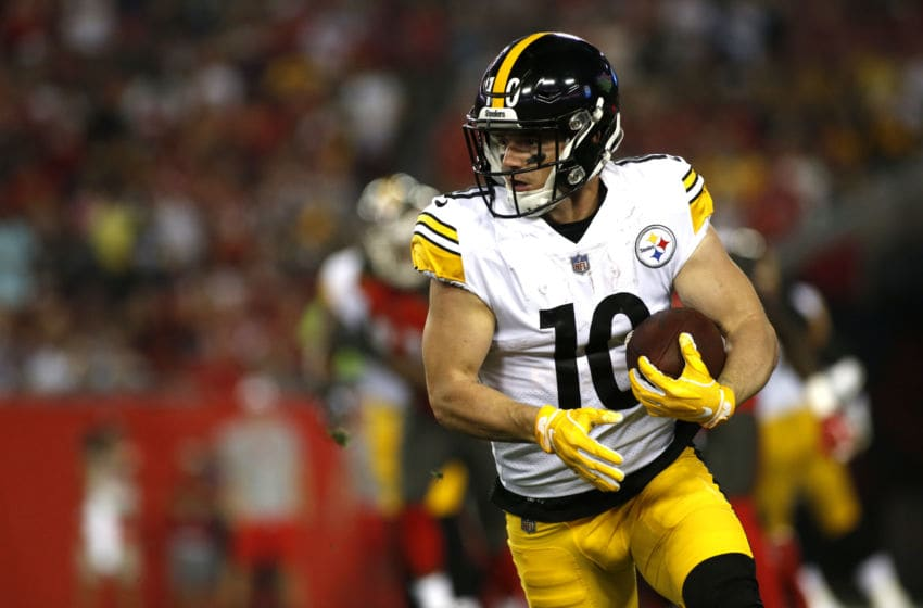 TAMPA, FL - SEPTEMBER 24: Wide receiver Ryan Switzer #10 of the Pittsburgh Steelers runs the ball during the first quarter of a game against the Tampa Bay Buccaneers on September 24, 2018 at Raymond James Stadium in Tampa, Florida. (Photo by Brian Blanco/Getty Images)
