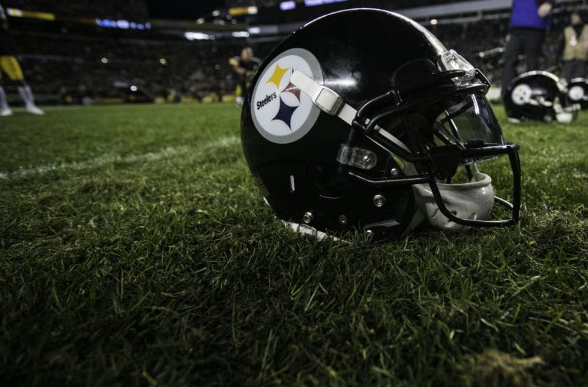PITTSBURGH, PA -DECEMBER 30: A Pittsburgh Steelers helmet on the field after the NFL football game between the Cincinnati Bengals and the Pittsburgh Steelers on December 30, 2018 at Heinz Field in Pittsburgh, PA. (Photo by Mark Alberti/Icon Sportswire via Getty Images)