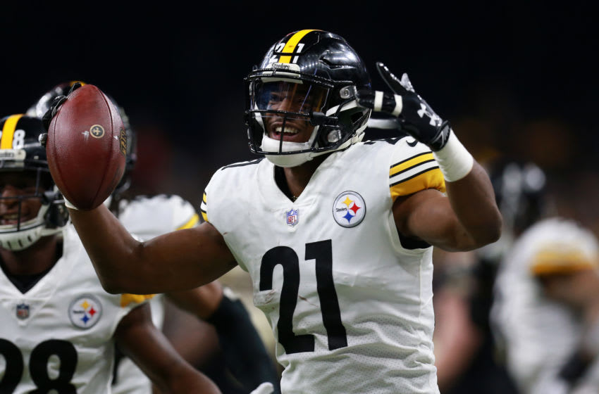 NEW ORLEANS, LOUISIANA - DECEMBER 23: Sean Davis #21 of the Pittsburgh Steelers celebrates an interception during the first half against the New Orleans Saints at the Mercedes-Benz Superdome on December 23, 2018 in New Orleans, Louisiana. (Photo by Sean Gardner/Getty Images)