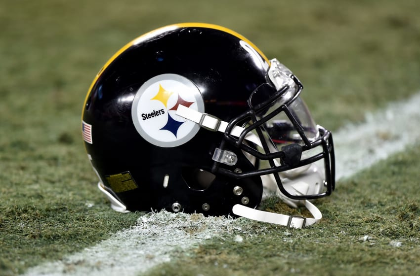 Pittsburgh Steelers (Photo by Peter Aiken/Getty Images)