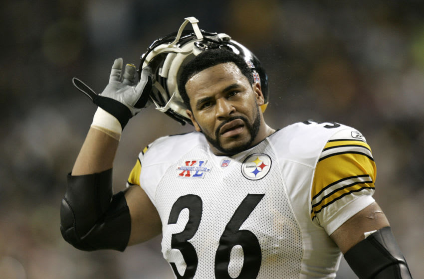 Jerome Bettis of the Pittsburgh Steelers during Super Bowl XL. (Photo by Mike Ehrmann/Getty Images)