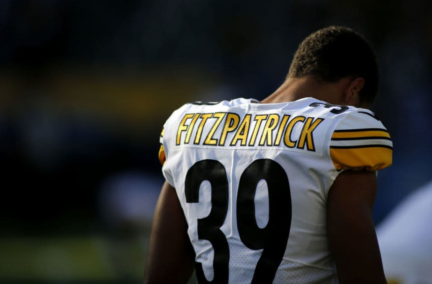 CARSON, CALIFORNIA - OCTOBER 13: Free safety Minkah Fitzpatrick #39 of the Pittsburgh Steelers warms up ahead of a game against the Los Angeles Chargers at Dignity Health Sports Park on October 13, 2019 in Carson, California. (Photo by Katharine Lotze/Getty Images)