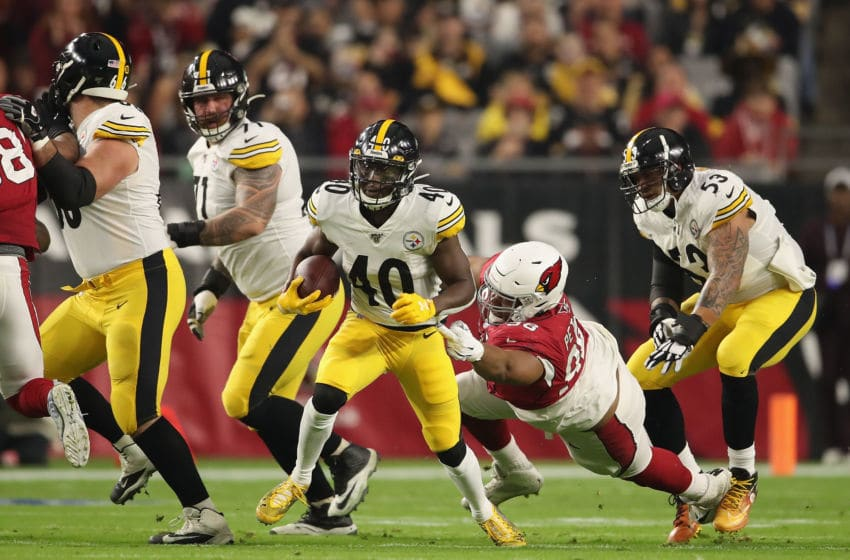 GLENDALE, ARIZONA - DECEMBER 08: Running back Kerrith Whyte #40 of the Pittsburgh Steelers rushes the football against the Arizona Cardinals during the NFL game at State Farm Stadium on December 08, 2019 in Glendale, Arizona. The Steelers defeated the Cardinals 23-17. (Photo by Christian Petersen/Getty Images)