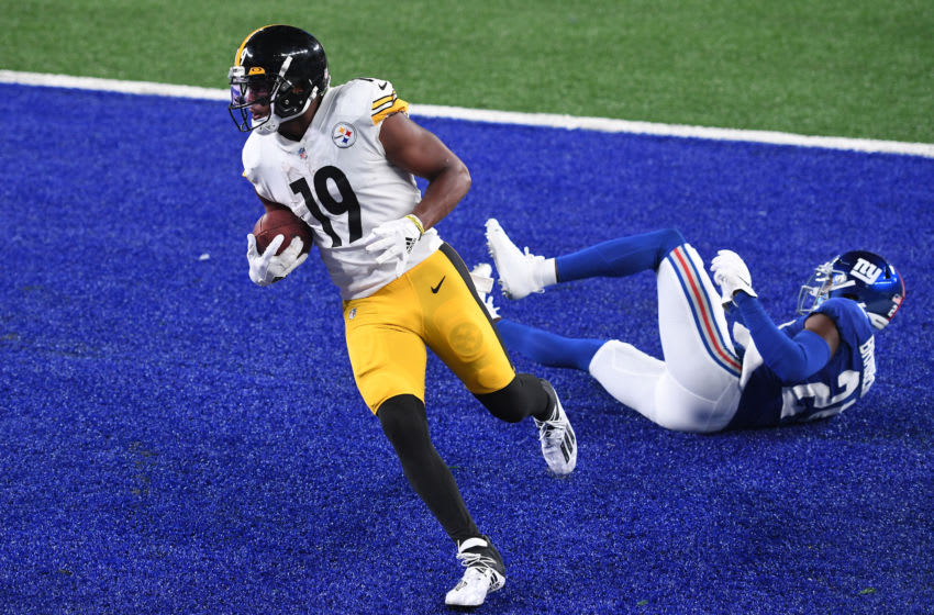 JuJu Smith-Schuster #19 of the Pittsburgh Steelers (Photo by Sarah Stier/Getty Images)