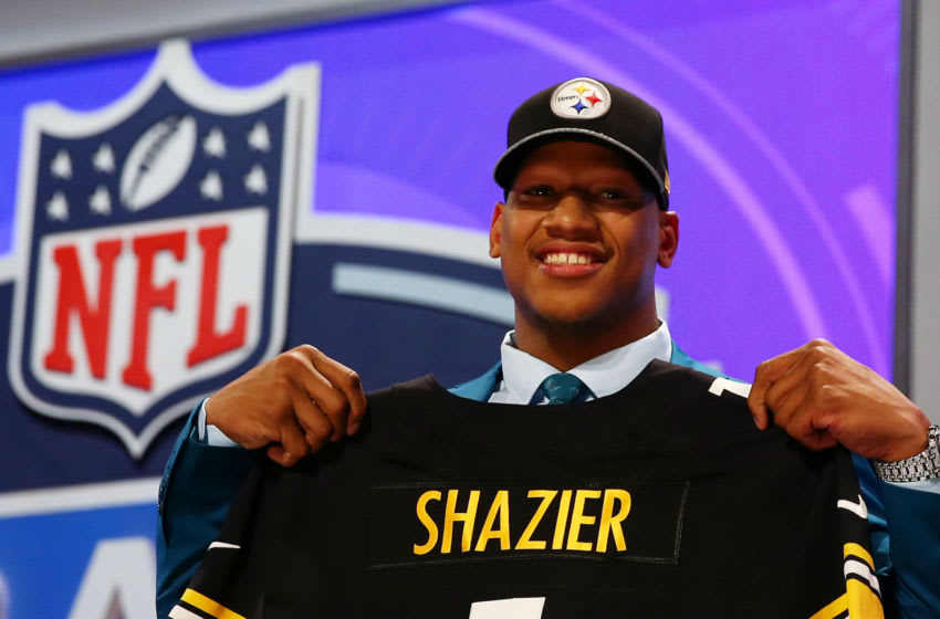 NEW YORK, NY - MAY 08: Ryan Shazier of the Ohio State Buckeyes poses with a jersey after he was picked #15 overall by the Pittsburgh Steelers during the first round of the 2014 NFL Draft at Radio City Music Hall on May 8, 2014 in New York City. (Photo by Elsa/Getty Images)