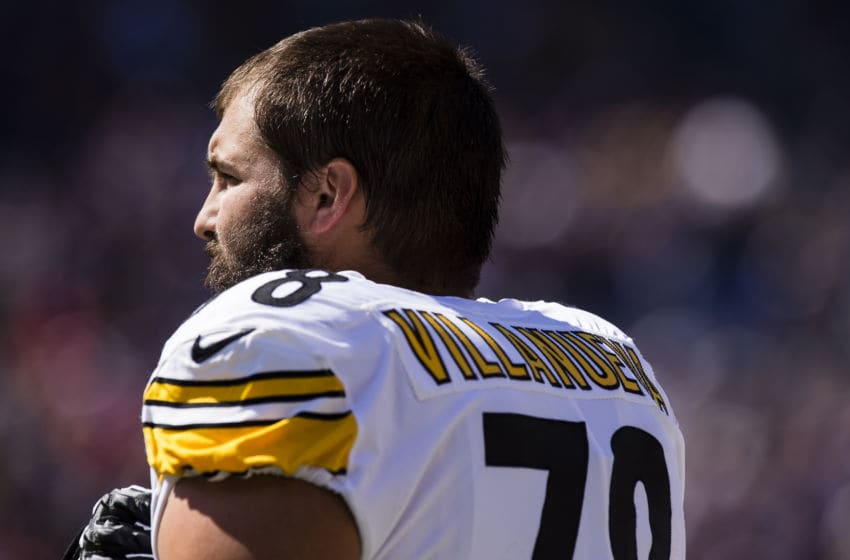 BALTIMORE, MD - OCTOBER 01: Offensive tackle Alejandro Villanueva #78 of the Pittsburgh Steelers listens to the national anthem before a game against the Baltimore Ravens at M&T Bank Stadium on October 1, 2017 in Baltimore, Maryland. (Photo by Patrick McDermott/Getty Images)