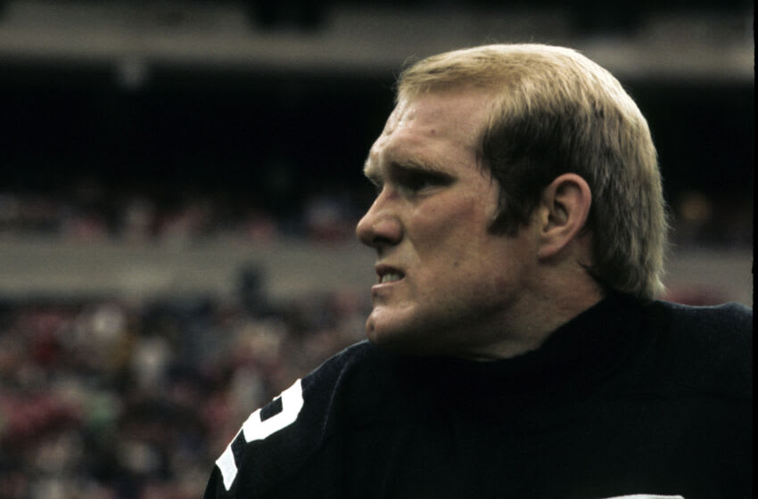 Hall of Fame quarterback Terry Bradshaw of the Pittsburgh Steelers. (Photo by Ross Lewis/Getty Images)