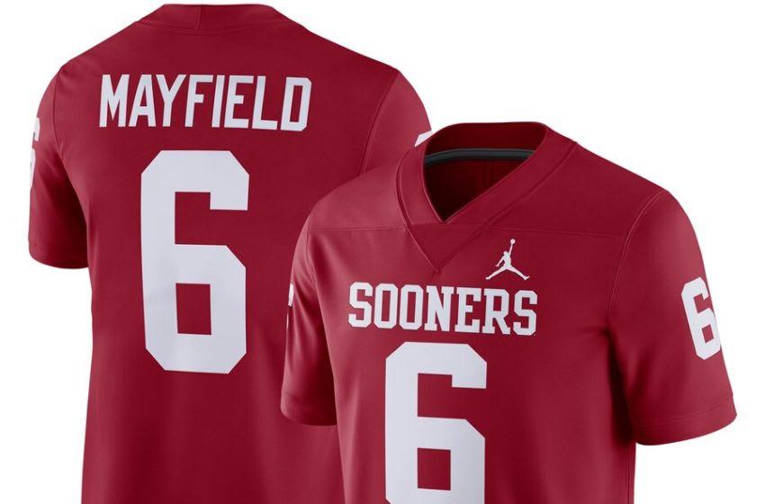 Oklahoma Sooners: College Football Kickoff Must Haves