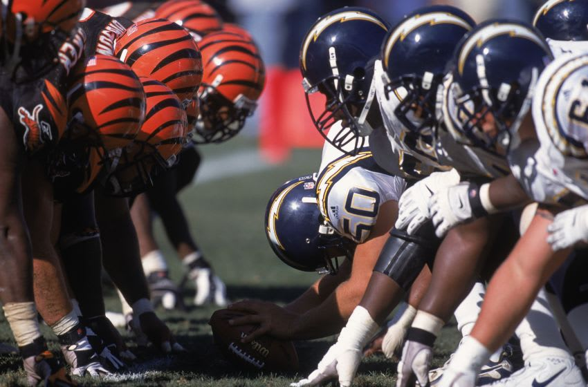 30 Sep 2001: A general view of the line of scrimmage during the game between the Cincinnati Bengals and the San Diego Chargers at the Qualcomm Stadium in San Diego, California. Mandatory Credit: Scott Halleran /Allsport