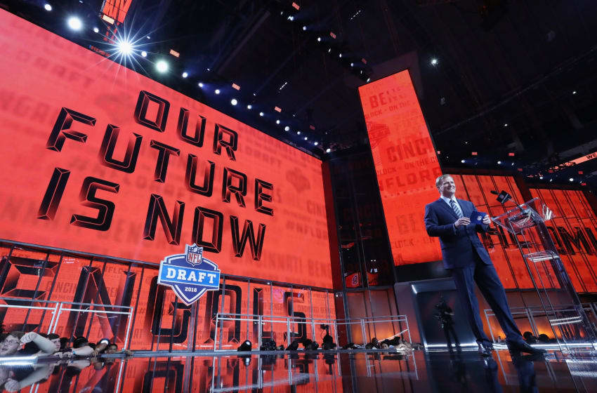 ARLINGTON, TX - APRIL 26: NFL Commissioner Roger Goodell announces a pick by the Cincinnati Bengals during the first round of the 2018 NFL Draft at AT&T Stadium on April 26, 2018 in Arlington, Texas. (Photo by Ronald Martinez/Getty Images)