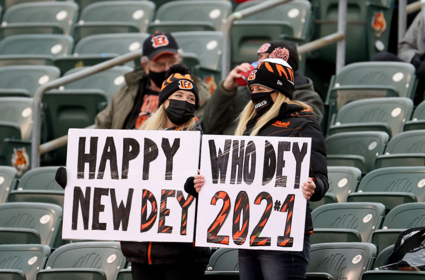 Fans hold up signs during the Cincinnati Bengals and Baltimore Ravens game (Photo by Andy Lyons/Getty Images)