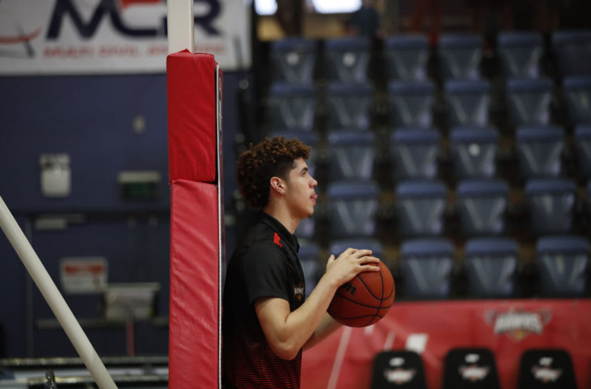 WOLLONGONG, AUSTRALIA - DECEMBER 31: LaMelo Ball holds a basketball during warmups before the round 13 NBL match between the Illawarra Hawks and the Sydney Kings at WIN Entertainment Centre on December 31, 2019 in Wollongong, Australia. (Photo by Brent Lewin/Getty Images)