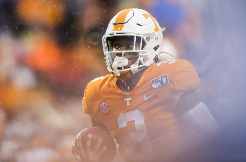 KNOXVILLE, TENNESSEE - NOVEMBER 30: Eric Gray #3 of the Tennessee Volunteers runs with the ball to score a touchdown against the Vanderbilt Commodores during the first quarter of the game at Neyland Stadium on November 30, 2019 in Knoxville, Tennessee. (Photo by Silas Walker/Getty Images)