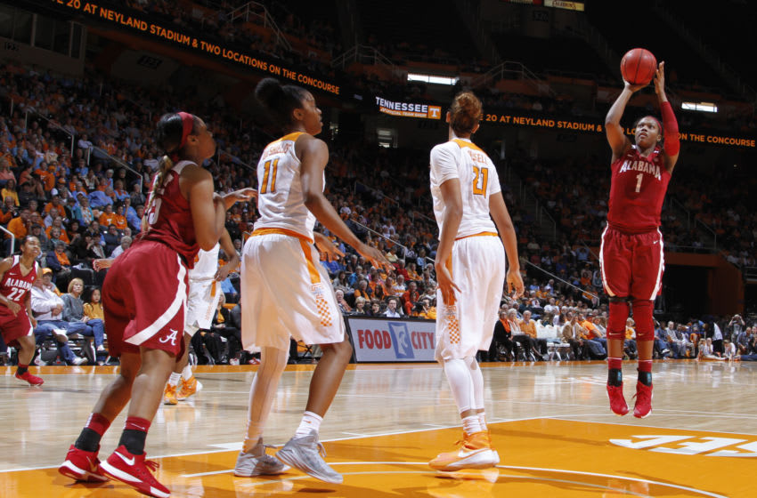 KNOXVILLE, TN - JANUARY 31: Quanetria Bolton #1 of the Alabama Crimson Tide shoots against the Tennessee Lady Volunteers in a game at Thompson-Boling Arena on January 31, 2016 in Knoxville, Tennessee. (Photo by Patrick Murphy-Racey/Getty Images)
