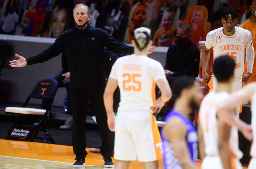 Tennessee Head Coach Rick Barnes calls during a basketball game between the Tennessee Volunteers and the Kentucky Wildcats at Thompson-Boling Arena in Knoxville, Tenn., on Saturday, Feb. 20, 2021.