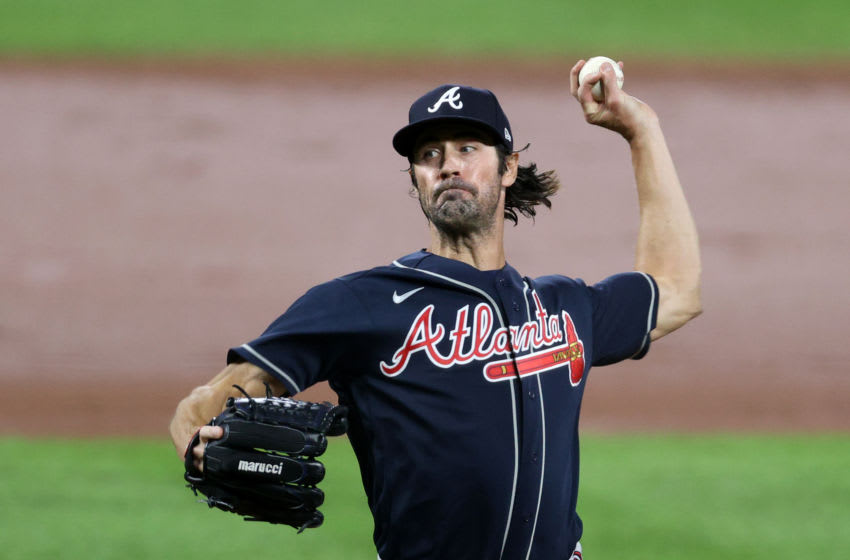 Starting pitcher Cole Hamels #32 of the Atlanta Braves (Photo by Rob Carr/Getty Images)