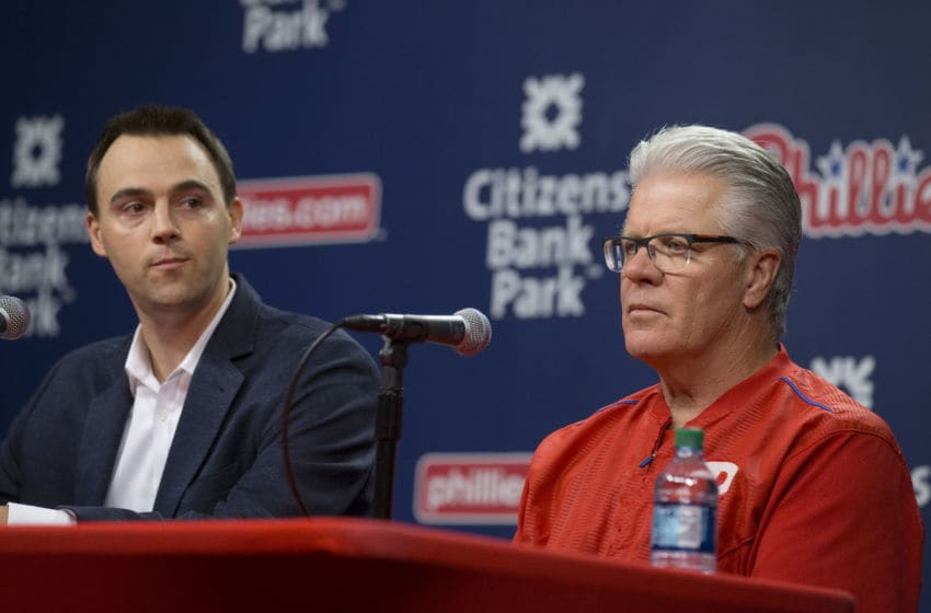 Matt Klentak and Pete Mackanin of the Philadelphia Phillies (Photo by Mitchell Leff/Getty Images)