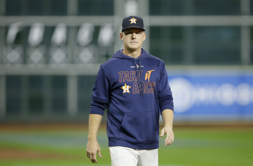 AJ Hinch #14 of the Houston Astros (Photo by Bob Levey/Getty Images)
