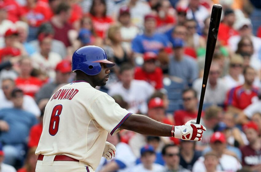 Ryan Howard #6 of the Philadelphia Phillies (Photo by Jim McIsaac/Getty Images)