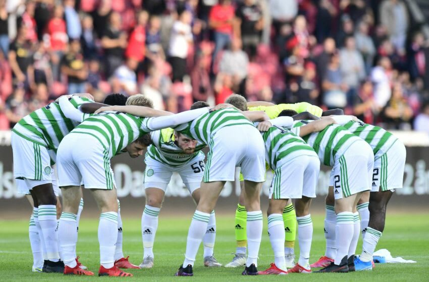 Celtic FC players huddle during the UEFA Champions League second round qualifying football match between FC Midtjylland and Celtic FC at MCH Arena in Herning, Denmark, on July 28, 2021. - - Denmark OUT (Photo by Bo Amstrup / Ritzau Scanpix / AFP) / Denmark OUT (Photo by BO AMSTRUP/Ritzau Scanpix/AFP via Getty Images)