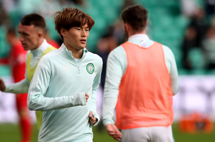GLASGOW, SCOTLAND - AUGUST 18: Kyogo Furuhashi of Celtic FC warms up ahead of the UEFA Europa League Play-Offs Leg One match between Celtic FC and AZ Alkmaar at on August 18, 2021 in Glasgow, Scotland. (Photo by Ian MacNicol/Getty Images)