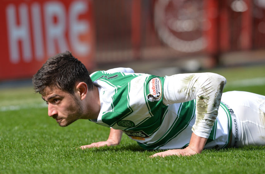 MOTHERWELL, SCOTLAND - APRIL 9 : Nir Bitton of Celtic in action during the Ladbrokes Scottish Premiership match between Celtic FC and Motherwell FC at Fir Park on April 9, 2016 in Glasgow, Scotland. (Photo by Mark Runnacles/Getty Images)