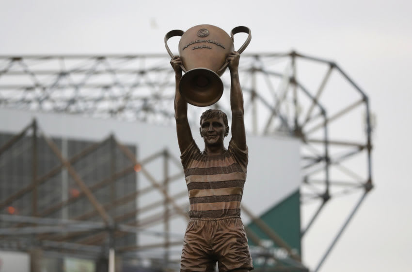 GLASGOW, SCOTLAND - OCTOBER 15: A statue of Billy McNeil is seen prior to the Ladbrokes Scottish Premiership match between Celtic and Motherwell at Celtic Park Stadium on October 15, 2016 in Glasgow, Scotland. (Photo by Ian MacNicol/Getty Images)
