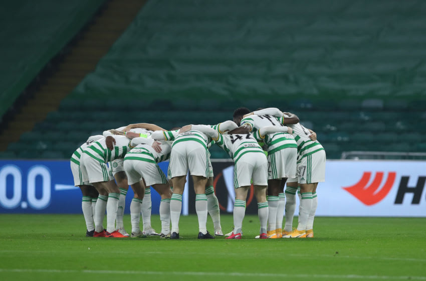 GLASGOW, SCOTLAND - NOVEMBER 05: Celtic team huddle ahead of the UEFA Europa League Group H stage match between Celtic and AC Sparta Praha at Celtic Park on November 05, 2020 in Glasgow, Scotland. Sporting stadiums around the UK remain under strict restrictions due to the Coronavirus Pandemic as Government social distancing laws prohibit fans inside venues resulting in games being played behind closed doors. (Photo by Ian MacNicol/Getty Images)