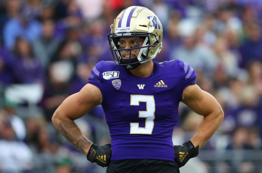 SEATTLE, WASHINGTON - SEPTEMBER 14: Elijah Molden #3 of the Washington Huskies looks on in the first quarter against the Hawaii Rainbow Warriors during their game at Husky Stadium on September 14, 2019 in Seattle, Washington. (Photo by Abbie Parr/Getty Images)