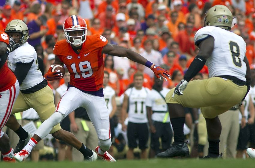 Sep 5, 2015; Clemson, SC, USA; Clemson Tigers wide receiver Charone Peake (19) carries the ball during the first half against the Wofford Terriers at Clemson Memorial Stadium. Mandatory Credit: Joshua S. Kelly-USA TODAY Sports