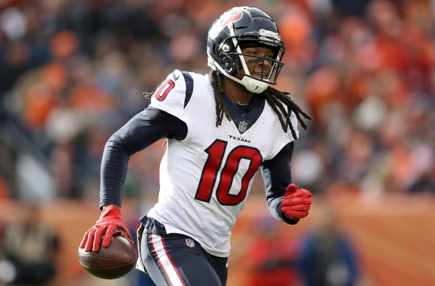 DENVER, CO - NOVEMBER 04: DeAndre Hopkins #10 of the Houston Texans celebrates a touchdown against the Denver Broncos at Broncos Stadium at Mile High on November 4, 2018 in Denver, Colorado. (Photo by Matthew Stockman/Getty Images)