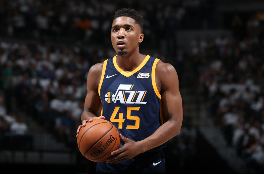 MINNEAPOLIS, MN - October 20: Utah Jazz rookie Donovan Mitchell steps to the line. (Photo by David Sherman/NBAE via Getty Images)