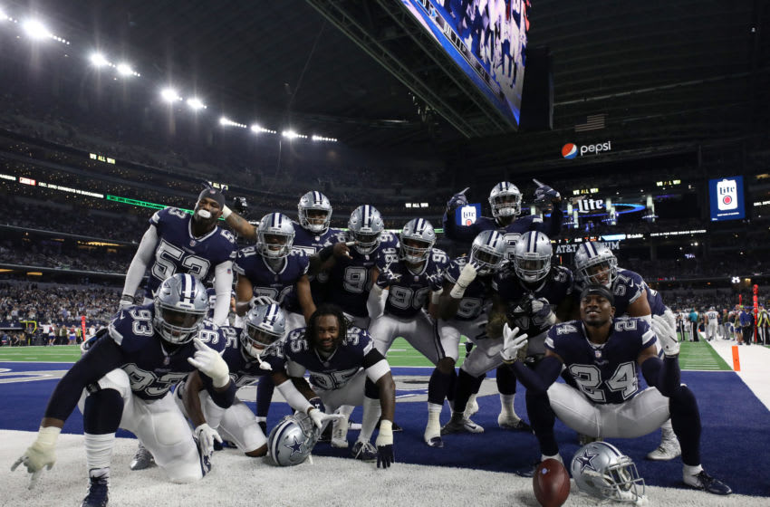 Dallas Cowboys defense - (Photo by Ronald Martinez/Getty Images)