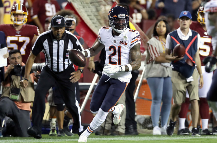LANDOVER, MARYLAND - SEPTEMBER 23: Ha Ha Clinton-Dix #21 of the Chicago Bears intercepts the ball and returns it for a first quarter touchdown against the Washington Redskins in the game at FedExField on September 23, 2019 in Landover, Maryland. (Photo by Rob Carr/Getty Images)