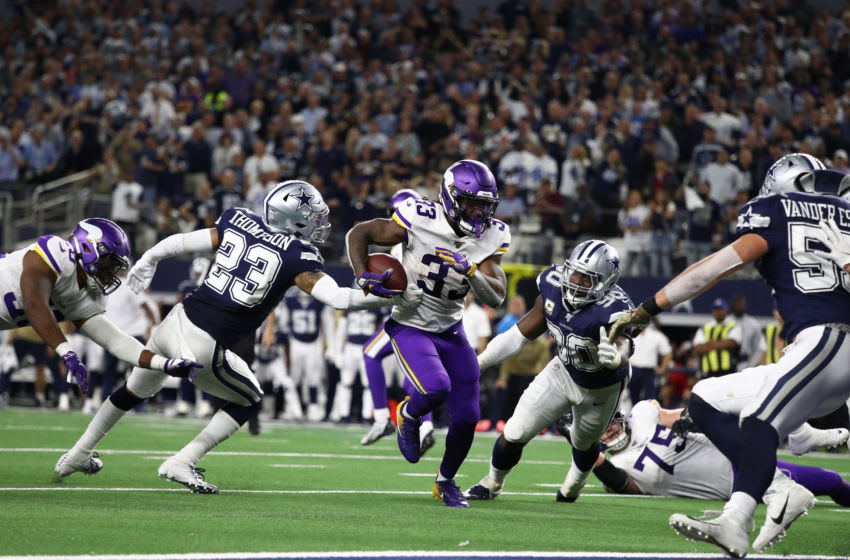 ARLINGTON, TEXAS - NOVEMBER 10: Dalvin Cook #33 of the Minnesota Vikings runs for a touchdown in the third quarter against the Dallas Cowboys at AT&T Stadium on November 10, 2019 in Arlington, Texas. (Photo by Ronald Martinez/Getty Images)