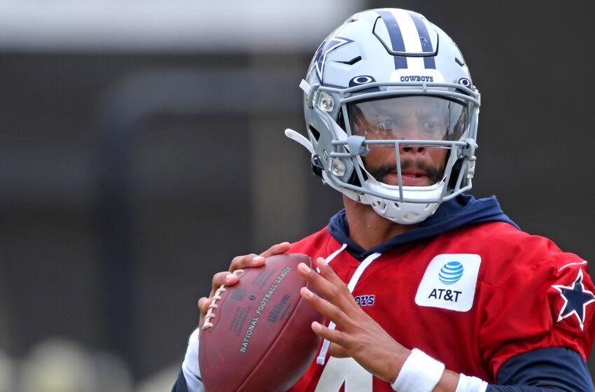 Quarterback Dak Prescott #4 of the Dallas Cowboys (Photo by Jayne Kamin-Oncea/Getty Images)