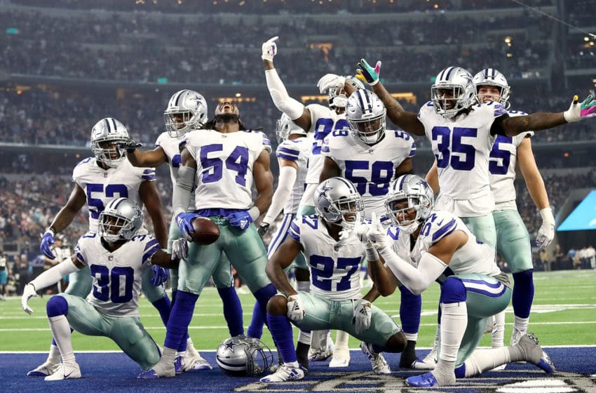 ARLINGTON, TX - OCTOBER 14: Jaylon Smith #54 and the Dallas Cowboys defense celebrate a fumble recovery against the Jacksonville Jaguars at AT&T Stadium on October 14, 2018 in Arlington, Texas. (Photo by Ronald Martinez/Getty Images)