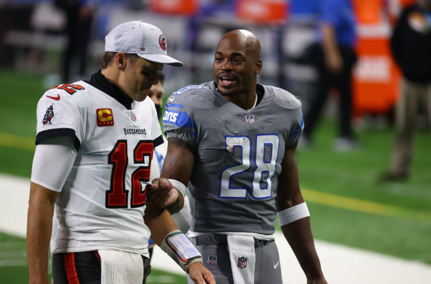 Tom Brady, Tampa Bay Buccaneers, Adrian Peterson (Photo by Rey Del Rio/Getty Images)