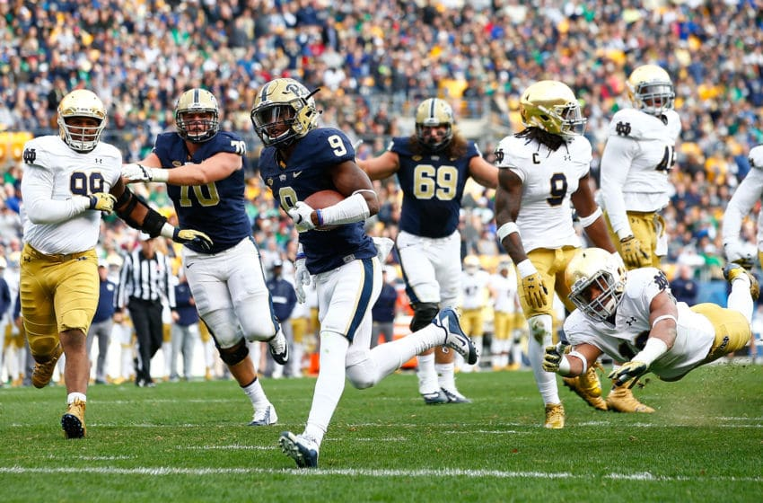 PITTSBURGH, PA - NOVEMBER 07: Jordan Whitehead #9 of the Pittsburgh Panthers runs in for a touchdown in the second half against the Notre Dame Fighting Irish during the game at Heinz Field on November 7, 2015 in Pittsburgh, Pennsylvania. (Photo by Jared Wickerham/Getty Images)