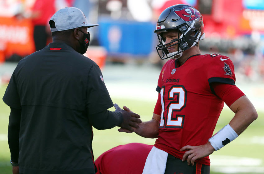 Tom Brady, Byron Leftwich, Tampa Bay Buccaneers Mandatory Credit: Kim Klement-USA TODAY Sports