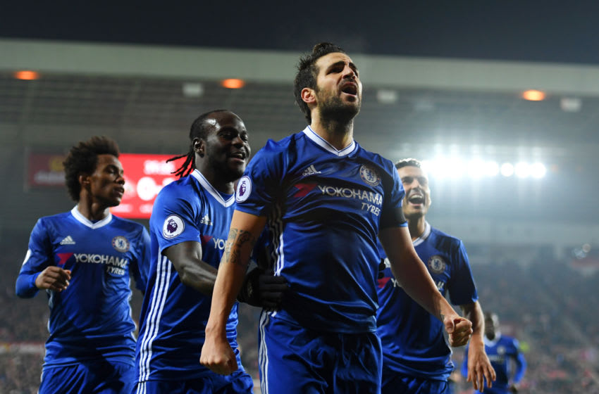 SUNDERLAND, ENGLAND - DECEMBER 14: Cesc Fabregas of Chelsea (C) celebrates scoring his sides first goal during the Premier League match between Sunderland and Chelsea at Stadium of Light on December 14, 2016 in Sunderland, England. (Photo by Darren Walsh/Chelsea FC via Getty Images)