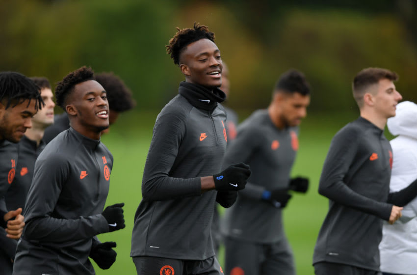 COBHAM, ENGLAND - NOVEMBER 04: Callum Hudson-Odoi and Tammy Abraham of Chelsea participate in a training session ahead of their UEFA Champions League Group H match against Ajax at Chelsea Training Ground on November 04, 2019 in Cobham, England. (Photo by Mike Hewitt/Getty Images)