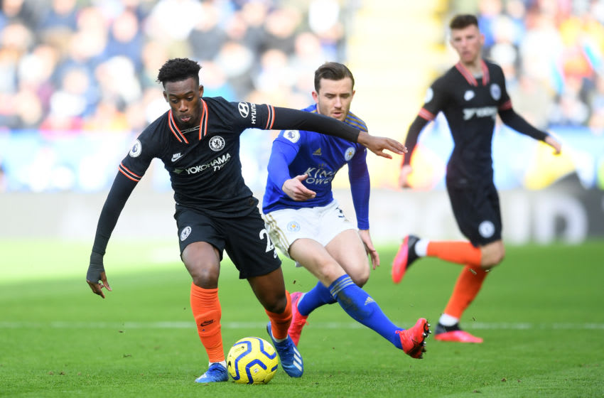 LEICESTER, ENGLAND - FEBRUARY 01: Callum Hudson-Odoi of Chelsea and Ben Chilwell of Leicester City during the Premier League match between Leicester City and Chelsea FC at The King Power Stadium on February 01, 2020 in Leicester, United Kingdom. (Photo by Michael Regan/Getty Images)