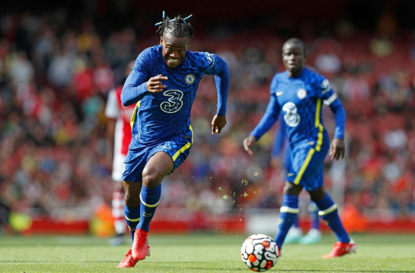 Chelsea's Belgian striker Michy Batshuayi chases the ball during the pre-season friendly football match between Arsenal and Chelsea at The Emirates Sadium in north London on August 1, 2021. - RESTRICTED TO EDITORIAL USE. No use with unauthorized audio, video, data, fixture lists, club/league logos or 'live' services. Online in-match use limited to 75 images, no video emulation. No use in betting, games or single club/league/player publications. (Photo by Adrian DENNIS / AFP) / RESTRICTED TO EDITORIAL USE. No use with unauthorized audio, video, data, fixture lists, club/league logos or 'live' services. Online in-match use limited to 75 images, no video emulation. No use in betting, games or single club/league/player publications. / RESTRICTED TO EDITORIAL USE. No use with unauthorized audio, video, data, fixture lists, club/league logos or 'live' services. Online in-match use limited to 75 images, no video emulation. No use in betting, games or single club/league/player publications. (Photo by ADRIAN DENNIS/AFP via Getty Images)