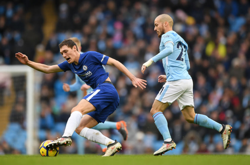MANCHESTER, ENGLAND - MARCH 04: David Silva of Manchester City chases down Andreas Christensen of Chelsea during the Premier League match between Manchester City and Chelsea at Etihad Stadium on March 4, 2018 in Manchester, England. (Photo by Shaun Botterill/Getty Images)