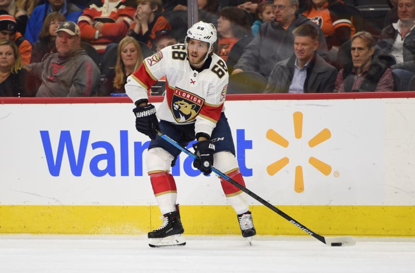 PHILADELPHIA, PA - FEBRUARY 10: Florida Panthers Right Wing Mike Hoffman (68) looks to pass during the game between the Florida Panthers and the Philadelphia Flyers on February 10, 2020 at the Wells Fargo Center in Philadelphia, PA.(Photo by Andy Lewis/Icon Sportswire via Getty Images)